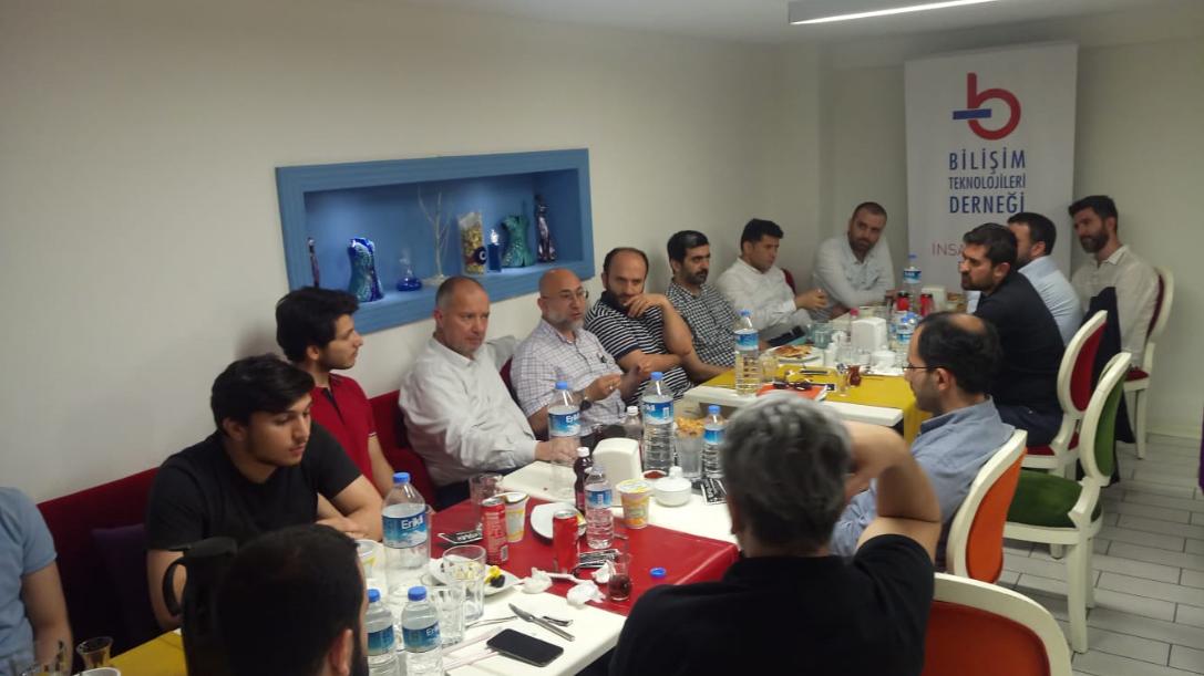 BT Genel Kurulu Ramazan İftarı Programında Bir Araya Geldi